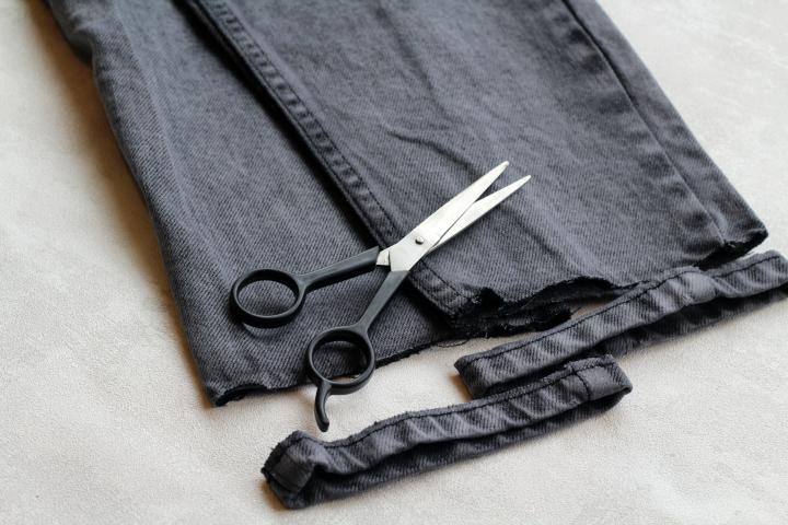 frayed hem jeans1